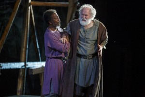 Clarke Peters and John Lithgow in King Lear (photo: Joan Marcus)