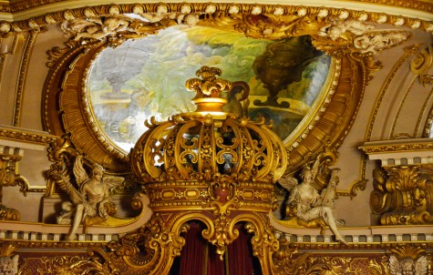 hellinger-interior-proscenium-crown